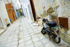 Free Motorcycle At Arabian Street In Medina Royalty Free Stock Photos - 1346768