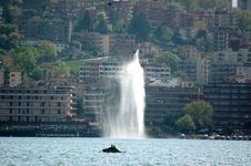 Free Lake Of Lugano With Boat And Fountain Stock Image - 1347191