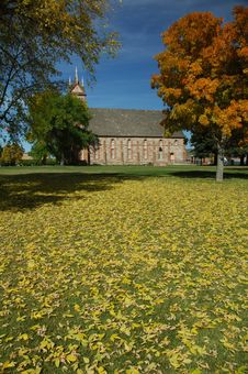 Free Stake Tabernacle In The Fall Royalty Free Stock Photography - 1349637