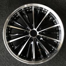 Free Alloy Wheel, Wheel, Spoke, Rim Royalty Free Stock Photos - 134006568