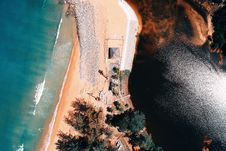 Free Bird S Eye View Of An Island Surrounded By Body Of Water Stock Images - 134071884
