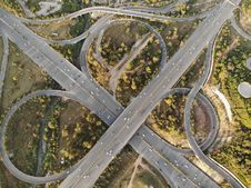 Free Aerial Photography Of Concrete Road Royalty Free Stock Photo - 134072035