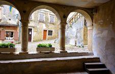 Free Arch, Courtyard, Hacienda, Window Royalty Free Stock Photo - 134213085