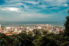 Free View Of City On Coast Royalty Free Stock Photography - 134249957