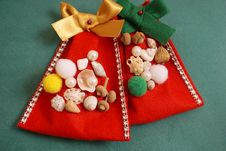 Free Handmade Decorative Felt Bags For Christmas Gifts Stock Photography - 134456782