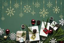 Free Flat Lay Photography Of Baubles And Ornament Stock Photos - 134722163
