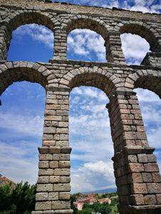 Free Aqueduct, Landmark, Sky, Arch Stock Images - 134764604
