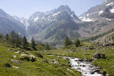Free Mountainous Landforms, Mountain, Valley, Mountain Range Stock Photography - 134765352