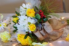 Free Flower, Yellow, Flower Arranging, Flower Bouquet Royalty Free Stock Photography - 134859927