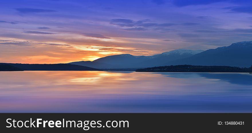 Incredibly beautiful sunset.Sun,lake.Sunset or sunrise landscape, panorama of beautiful nature. Sky amazing colorful clouds.