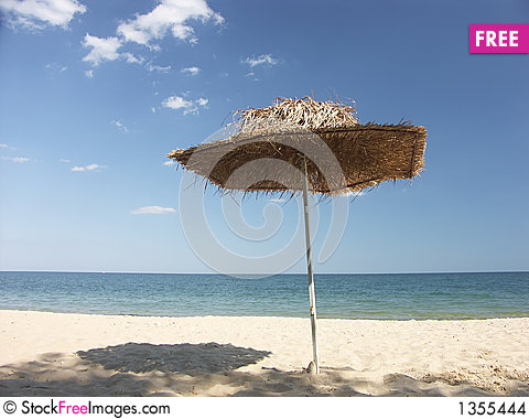 Free Paradise Beach Stock Images - 1355444