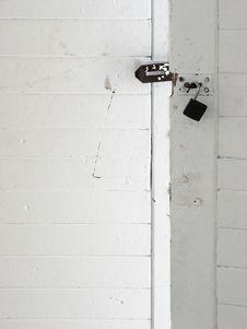 Free Unlocked Wooden Door Royalty Free Stock Photos - 1350718