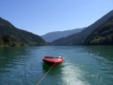 Free Red Boat Royalty Free Stock Images - 1350899