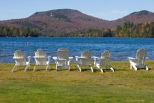 Free Chairs By Lake Royalty Free Stock Images - 1352659