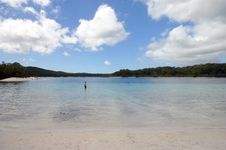 Free Alone In Lake McKenzie Royalty Free Stock Image - 1356416