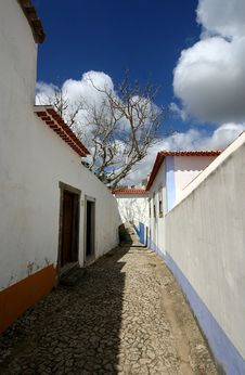 Free Street In Obidos Royalty Free Stock Image - 1357146