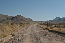 Free Desert Road Royalty Free Stock Photography - 1357197