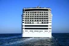 Free Big Cruise Royalty Free Stock Photos - 13509608