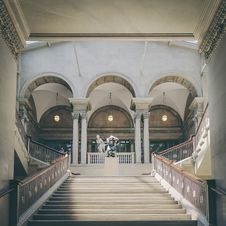 Free Empty Staircase Inside Building Stock Image - 135337971