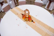 Free Brown Wooden Table Decoration Stock Photo - 135445000