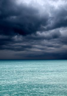 Free Sea And Sky. Royalty Free Stock Photos - 13550108