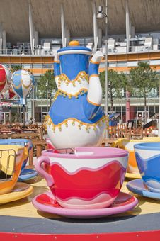 Free Colorful Carousel Royalty Free Stock Images - 13551419