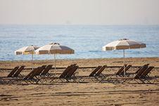 Free Sunbeds Stock Image - 13551851