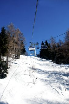 Free Chair Lift Royalty Free Stock Photo - 13553635