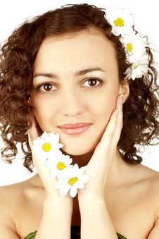 Free Beautiful Woman With Camomile Flower Stock Photography - 13554332