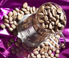 Free Coffee Beans Royalty Free Stock Photos - 13559558