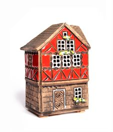 Free Little Toy House Isolated Royalty Free Stock Photography - 13560637