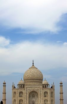 Free Taj Mahal Stock Photography - 13561592