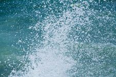 Free Waves Splashing Stock Photos - 13564813