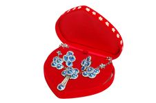 Free Blue Jewelry In Red Box Royalty Free Stock Image - 13565616