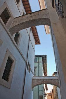 Architecture: Ancient Arches