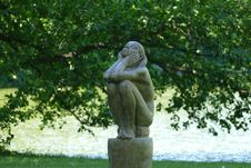 Free Sculpture, Statue, Garden, Tree Stock Photography - 135690152
