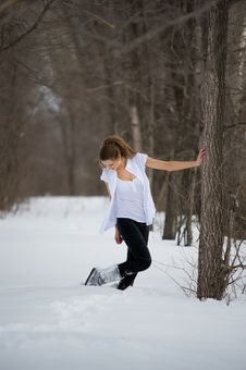 Free Fashion Model Posing In Winter Stock Photography - 13573682