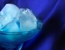 Free Blue Cocktail Royalty Free Stock Images - 13582219