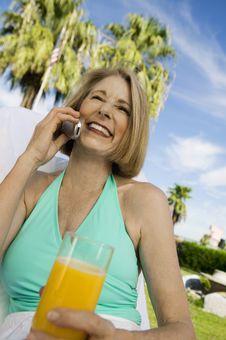Free Woman Using Mobile Phone, Stock Photo - 13583990