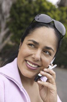 Free Woman Using Mobile Phone Stock Photos - 13584173