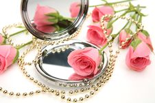 Free Rose And Mirror Stock Images - 13584564