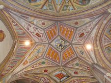 Free Dome, Ceiling, Vault, Symmetry Stock Photos - 135806233