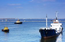 Free Ship Arriving To Port Stock Photography - 13590352