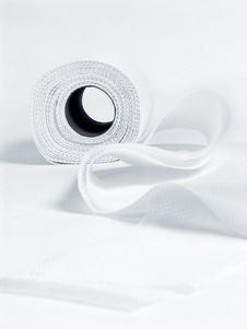 Free Roll Of White Toilet Paper Royalty Free Stock Image - 13592156