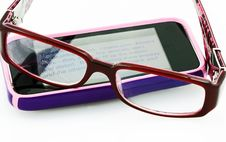 Free Reading E-Mail With Glasses Royalty Free Stock Photo - 13592405