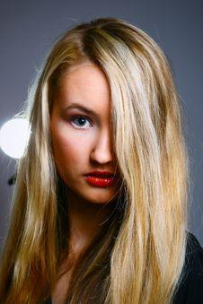 Free Beautiful Stylish Blonde Stock Photos - 13594753