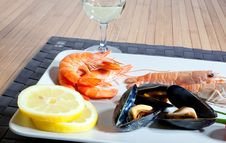 Free Mussels And Shrimp Stock Image - 13597451