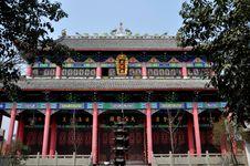 Pengzhou, China: Buddhist Temple Hall Stock Photography