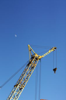 Free The Yellow Crane And Moon Vertical Stock Photos - 13599643