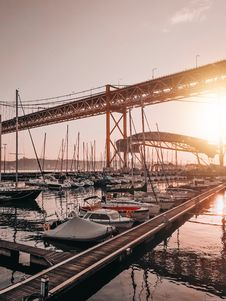 Free Boats Docked Royalty Free Stock Photography - 135955507